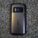 Nokia c6-01. Фото 1.