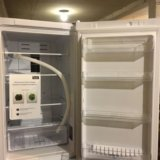 Холодильник новый с магазина. Фото 2.