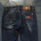 Фирменные джинсы. Фото 3.