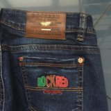 Фирменные джинсы. Фото 4.