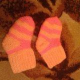 Вяжим на заказ детские пинетки, носки крючком. Фото 3.