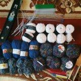 Пряжа спицы крючки для вязания. Фото 1.