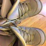 Женские ботинки для сноуборда. Фото 1.