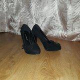 Очень красивые замшевые туфельки. Фото 1.