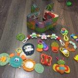 Развивающие игрушки. Фото 1.