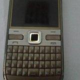 Nokia e72. Фото 2.