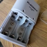 Зарядное устройство. Фото 1.