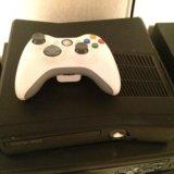 Xbox 360 slim 250gb. Фото 2.