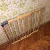 Барьер-калитка для защиты детей. Фото 2. Москва.