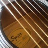 Красивая акустическая гитара fender squier sa-105. Фото 3.