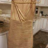 Шикарное платье под золото. Фото 2.
