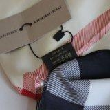 Burberry шёлковый платок. Фото 2.