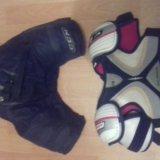 Хоккейные шорты и защита на грудь. Фото 1. Уссурийск.