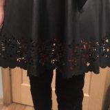 Платье со вставками экокожа. Фото 1.