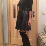 Платье со вставками экокожа. Фото 4.