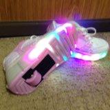 Светящиеся кроссовки с роликом. Фото 2. Краснодар.