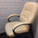 Кожаное кресло. Фото 2.