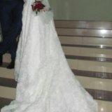 Свадебное платье с шлейфом. Фото 1. Славянск-на-Кубани.