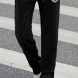 Спортивные брюки. Фото 1.