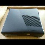 Xbox 360 350g 2геймпада+игры. Фото 1.