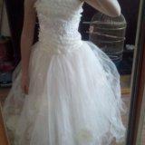 Продается бальное белое платье. Фото 1. Владивосток.