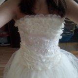 Продается бальное белое платье. Фото 3. Владивосток.