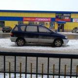 Тойота ipsum. Фото 1.