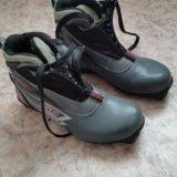 Лыжные ботинки  41 р-р. Фото 1.