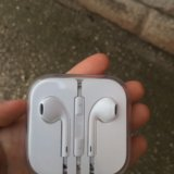 Наушники apple earpods. Фото 1.