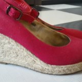 Красные туфли на танкетке. Фото 1. Санкт-Петербург.
