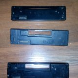 Панельки магнитолы и задняя часть магнитолы. Фото 2.