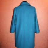 Ярко-голубое пальто с кружевом. Фото 3. Москва.