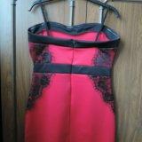 Красное коктейльное платье. Фото 3.