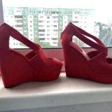Туфли красные. Фото 4.
