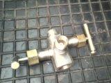 Блок клапанный двухвентильный бкн-2. Фото 1.