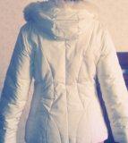 Куртка белая пуховая. Фото 2.