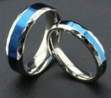 Стильные парные кольца. Фото 1.