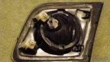 Мазда3-задняя противотуманная фара. Фото 2.