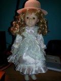 Фарфоровая кукла. Фото 1.