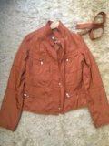 Куртка. лёгкая. Фото 1.