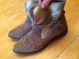 Осенняя обувь размер 38 маломерка,подходит на  37. Фото 3.