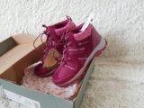 Зимние ботинки новые р-р 37. Фото 4.