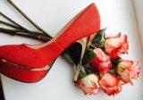 Красные туфли. Фото 3.