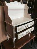 Старинный комодик с полочкой в стиле прованс. Фото 2.