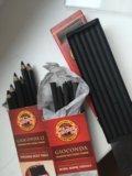Угольные карандаши. Фото 2.