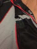 Спортивная разминочная куртка. Фото 2.