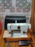 Швейная машинка. Фото 1.