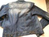 Стильная джинсовая куртка. Фото 2.