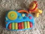 Пианино baby go и лев fisher price. Фото 1.