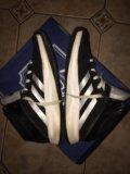 Кроссовки adidas. Фото 2.